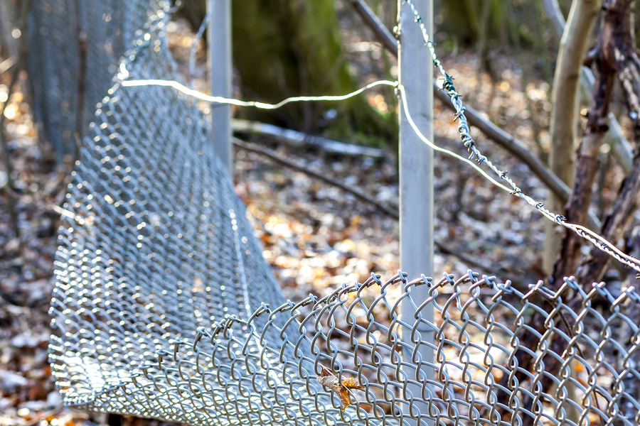 Chain Link Fence Repair